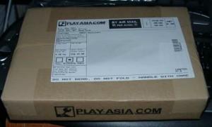 Play-Asia.comからの小包